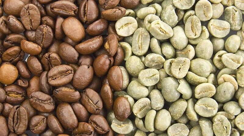 Zielona kawa w porównaniu do kawy palonej